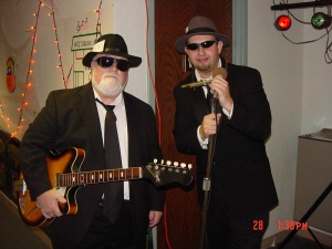 Phil and Terry James as the News Brothers ay WOC in October 2004.