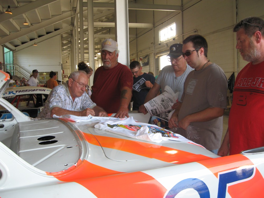 Honoring pioneer racers in the Quad-Cities (1/3)
