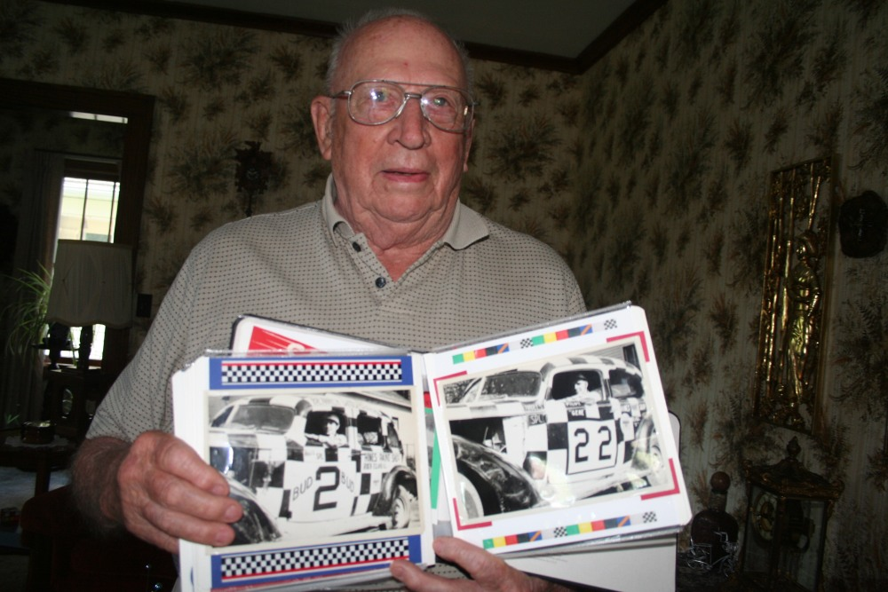 A racing legend remembers the early days of Stock Car racing in the Quad-Cities (3/6)