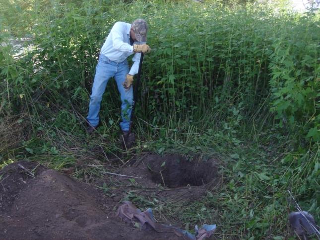 digging 1 8-18-12