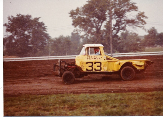 Dale Peters at speed in 1978.  Photo from the Phil Roberts collection.