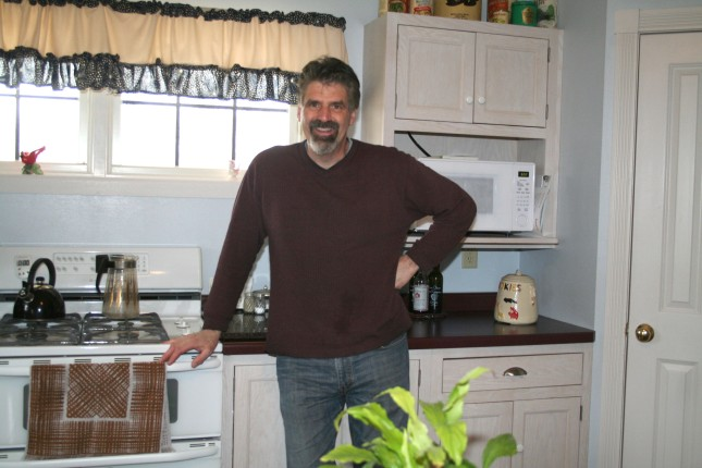 Dave shows off Aunt Bee's kitchen.