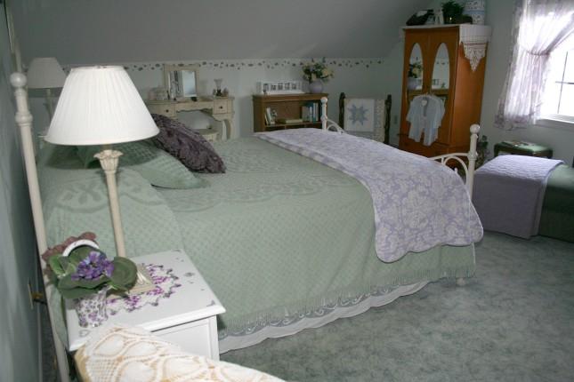 Aunt Bee's bedroom.